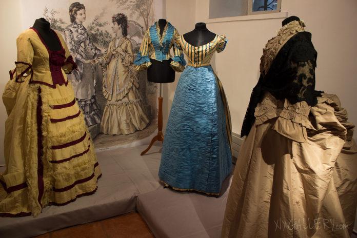 Stroje z kolekcji Anny Moryto na jednej z gościnnych wystaw czasowych